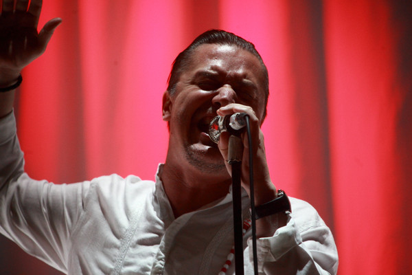 Blumig - Fotos: Faith No More live bei Rock im Revier 2015