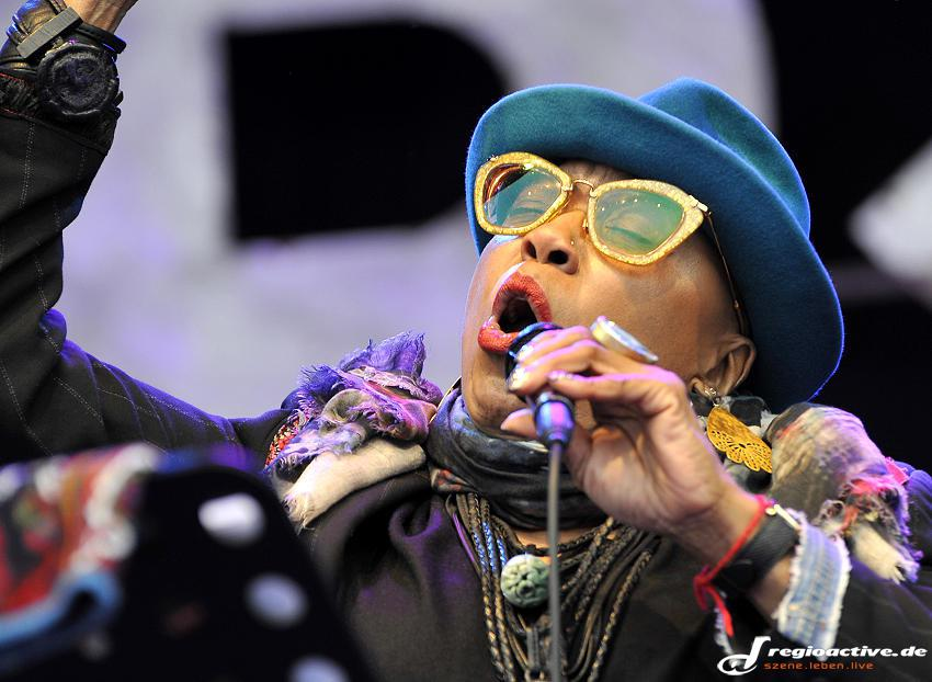 Dee Dee Bridgewater (live in Hamburg, 2015)